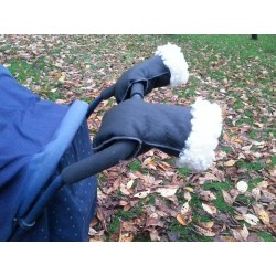 Barnvagnsvantar i lammskinn